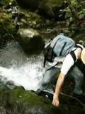 暑い時は沢登りしかないよね。でもこの時期、水量が多くて、寒かった。by ゲストさん 480x640(55KB)