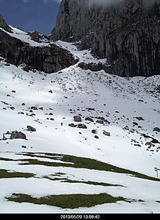 スペインの北にある山これは見えるかなあ!by  kazuo 466x640(137KB)