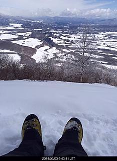 まったり山頂風景楽しんでいます。by ゲストさん 466x640(125KB)