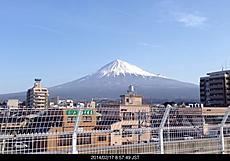 雪で登山口まで行けないよ。よって山行けないよ。2週連続デス。富士宮イオン屋上駐車場から....by ゲストさん 640x446(117KB)