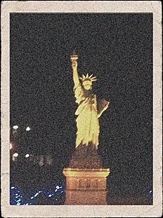ニューヨークにいってきました。鬼怒川温泉の東武ワールドスクウェア イルミネーションでのミニュチュアです。by  kazuo 480x640(136KB)