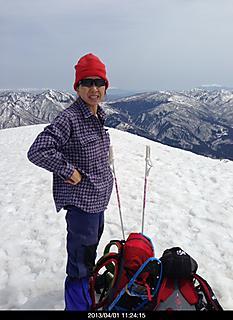 岐阜にある野伏ヶ岳 天気良すぎ気温も上がり汗だくだくでした。by ゲストさん 466x640(118KB)