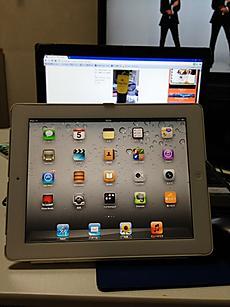 パソコンよりいいね。けど、アプリ無料があんまりないよね。貧乏人には辛い。by  kazuo 480x640(102KB)