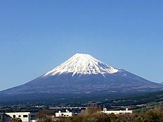 富士山格好いい!! 静岡沼津から の風景。by ゲストさん 926x695(132KB)