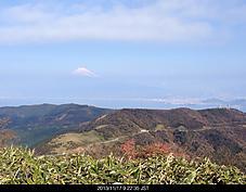 富士山辛うじて見えました。風強く気温6度 薄曇りです。by ゲストさん 1136x886(311KB)