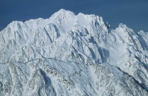 冬の剣岳(別山尾根越しの剣岳)