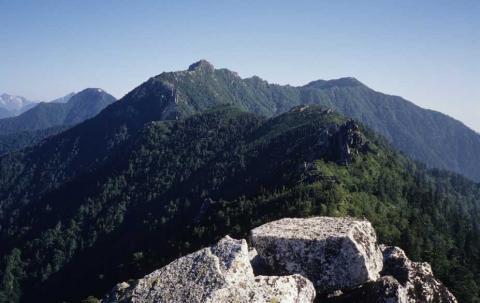 北アルプス餓鬼岳稜線